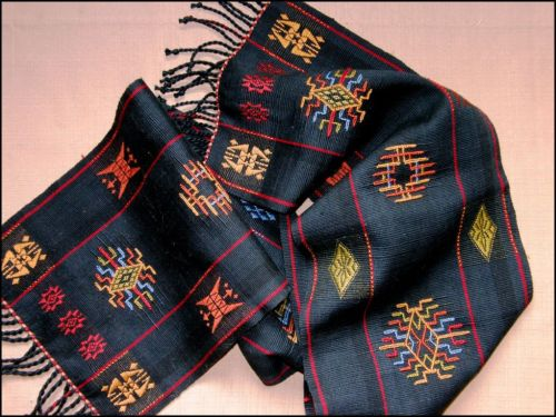 bhutan scarf with border