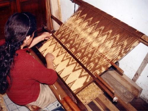 ikat weaver Bulcay Ecuador