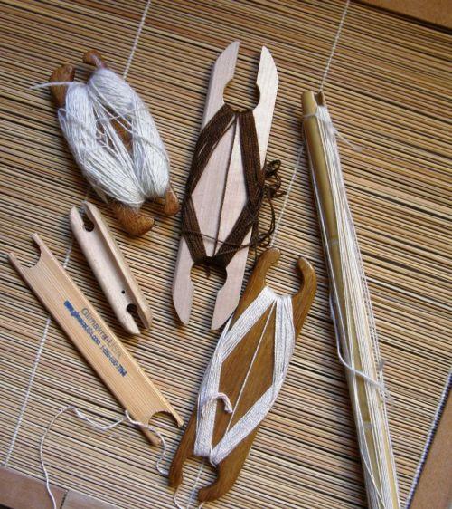 small band weaving shuttles