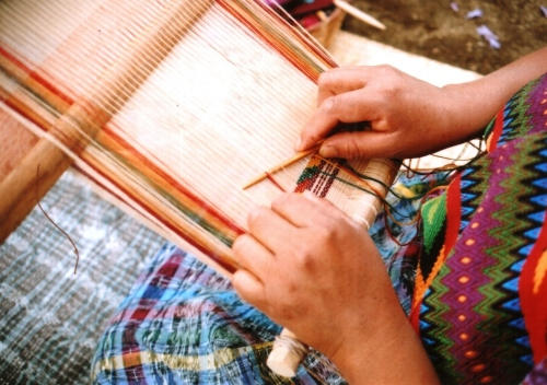 weaving-tijera