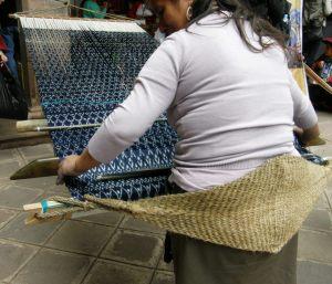 standing to weave tacabamba peru