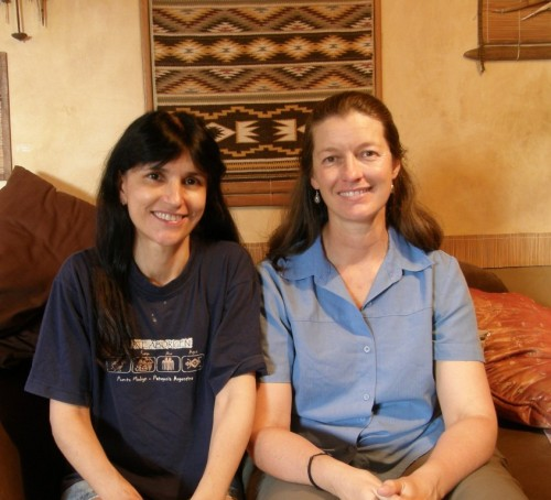 Kindred spirit Wendy follows her textile passion around the world from South-east Asia to South America. Here she is making a stop in Bolivia to hang out with me and talk textiles and travel.