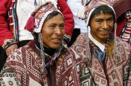 chahuaytire ponchis