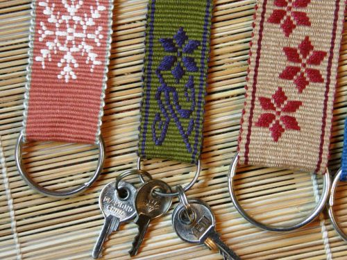 calcha flower design key fob