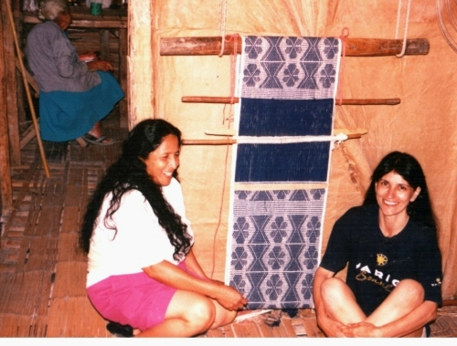 weaving with cotton coastal ecuador
