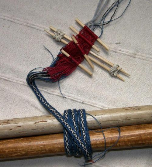 Andean Pebble Weave strap with four sets of heddles