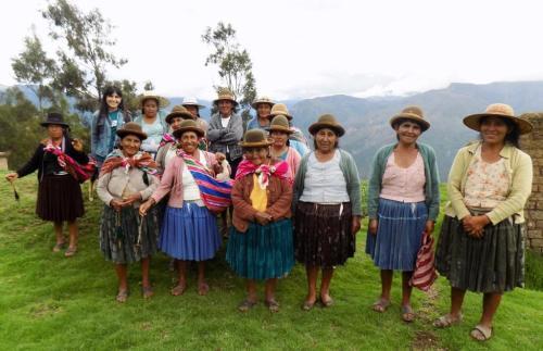 group-photo-huancarani